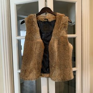 Gorgeous Rudsak rabbit fur vest. Size M/L